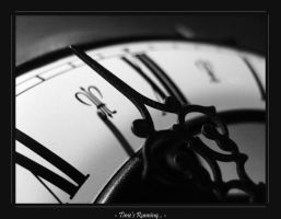 Time's running...BW Exhibit by favocal