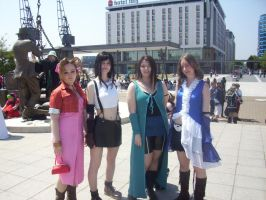 Anime Expo - FF Girls by BabemRoze
