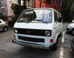 1982 Volkswagen Transporter 3 Bus D by GladiatorRomanus