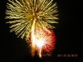 fireworks 25 by Tinkerbell0522