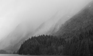Misty Mountains by esoup13