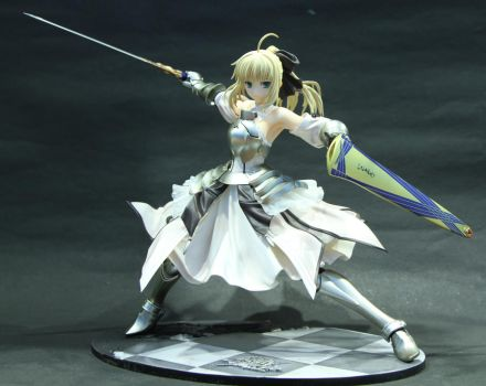 Saber Lily 02 by twohand