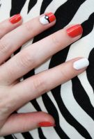 Pokeball Nails by VagueIndustries