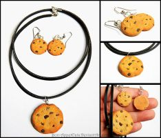 Chocolate Chip Cookie Necklace and Earring Set by Bon-AppetEats