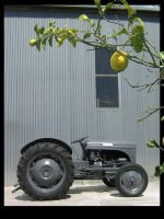 Tractor+lemon by AaronsDesk