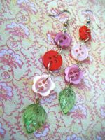 Red Button Vine Earrings by Cinnamonster