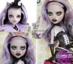MH Clawdeen repaint #12 ~Rowan~ by RogueLively