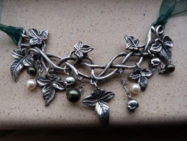 Poison Ivy Necklace by LadyxBoleyn