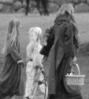 Lady and children by Abraca