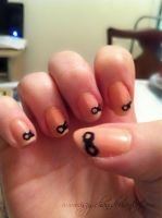 Simple Bow Nails by Iszy-chan