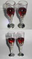 Red Resin Wine Test by LunarBerry