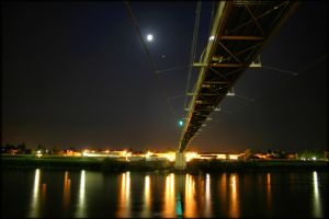 Moonlit passerelle 2 by stefmixo
