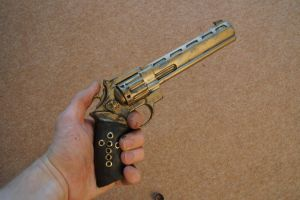 Steampunk Revolver by flamingcog