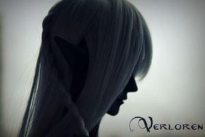 Drow silhouette by Quilviirina