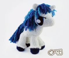 Shining Armor Amigurumi by mengymenagerie