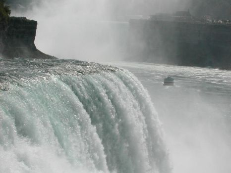 Niagra - Maid of the Mist by Moosetronic