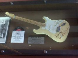 Stevie Ray Vaughan's Guitar by Selenalunarox
