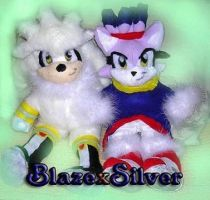 Silver and Blaze plushie by jayfoxfire