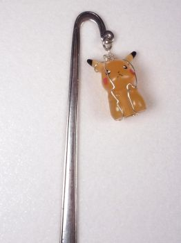 Pikachu Bookmark!!!! by hillarybewilson