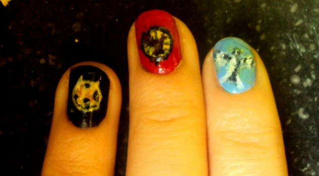 The Hunger Games nails by EviVanDenKieboom