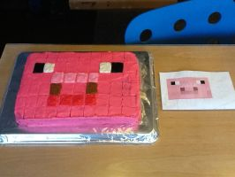 Minecraft Piggy Cake! by AVPMismylife