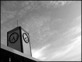clock tower by fiveless