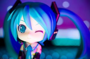 nendoroid miku 2.0  7 by danzE26