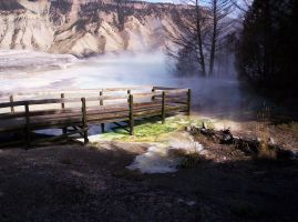 Mammoth Hot Springs Overlook by SunfallE