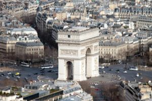 Arc du Triomphe by sergiomartins