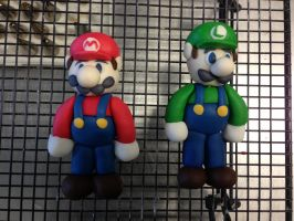 Fondant Mario and Luigi by NickHollister