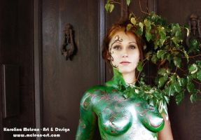 Green 02 body painting by lillilu
