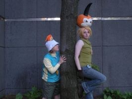 ACEN2012-Peeking around the corner.. by Pau--chan