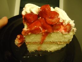 Strawberry Short Cake by Muffinlover24