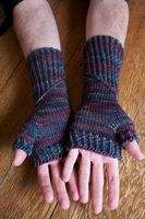 Spiral Staircase Mitts II by emiko42