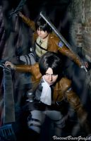 Shingeki no Kyojin Cosplay - Destroy the Titan by K-I-M-I
