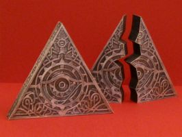 Tomb Raider Triangle of Light Papercraft by Tektonten