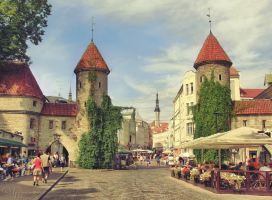 Summer in Tallinn by Pajunen