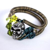 Skull yellow green ring by CatherinetteRings
