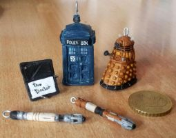 Doctor Who  pendant set by EerieStir