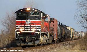 Southern Pacific Heritage 1996 leads UP MCHPB 30 by EternalFlame1891