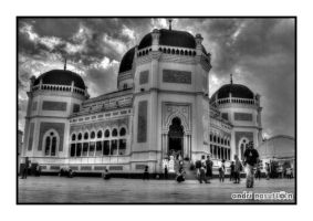 Medan Grand Mosque in BW by andriNASUTION