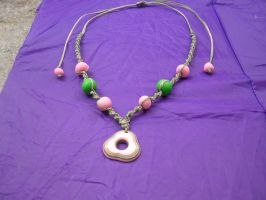 Flower on the grass macrame necklace by moonlightflower99