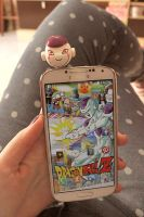 Freeza plug celular by theredprincess