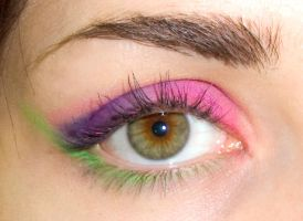 Pink- Violet-Green-Eye Make up by soffl