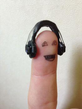 mini headphones papercraft XD by BigAngryCat