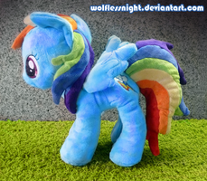 Rainbow Dash Plush by Wolflessnight