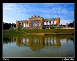 Gloriette... by s2eus2on