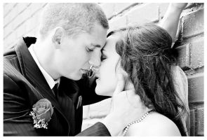 just kiss me BW by FDLphoto