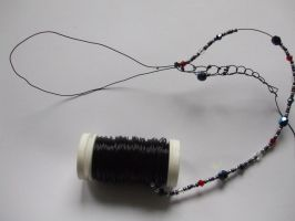 How I make my crocheted wire-necklaces by Xenaris