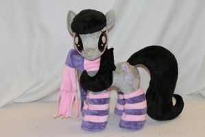 Octavia Plush Pony by KarasuNezumi